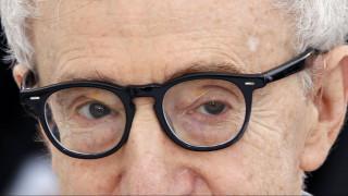 Κάννες 2016: Ο 80χρονος Γούντι Άλεν θα συνεχίσει να κάνει ταινίες