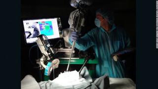 Θα αντικαταστήσουν τα ρομπότ τους χειρουργούς;
