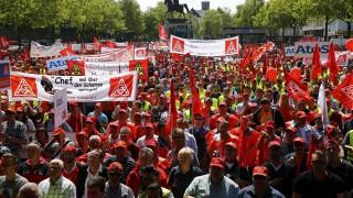 Συμφωνία συνδικάτων - εργοδοτών για αύξηση μισθού στην Γερμανία