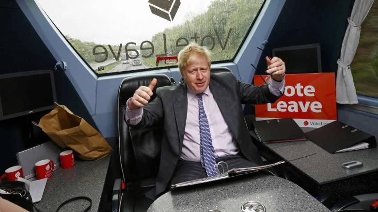 Θύελλα αντιδράσεων στη Βρετανία από τη σύγκριση της ΕΕ που έκανε ο Τζόνσον με τον Χίτλερ
