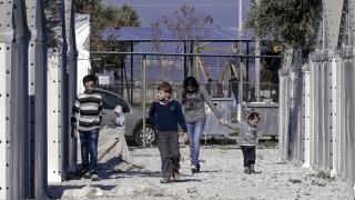 Μυτιλήνη: Διαδήλωση προσφύγων με αίτημα να τους επιτραπεί να αναχωρήσουν από το νησί