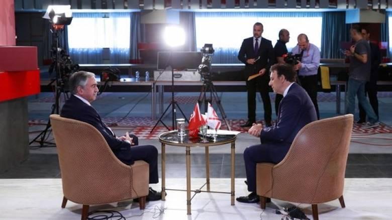 Κυπριακό: Nέο τρόπο διεξαγωγής των διαπραγματεύσεων εισηγείται ο Ακιντζί