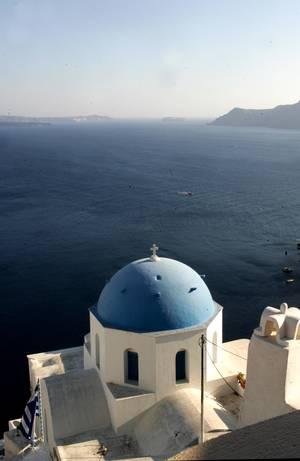 Σαντορίνη: Για νεόνυμφους και για όσους έρχονται πρώτη φορά στην Ελλάδα