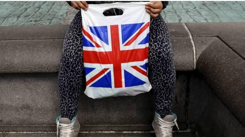 Μ. Βρετανία: Προβάδισμα της παραμονής στην Ε.Ε. σε νέα δημοσκόπηση