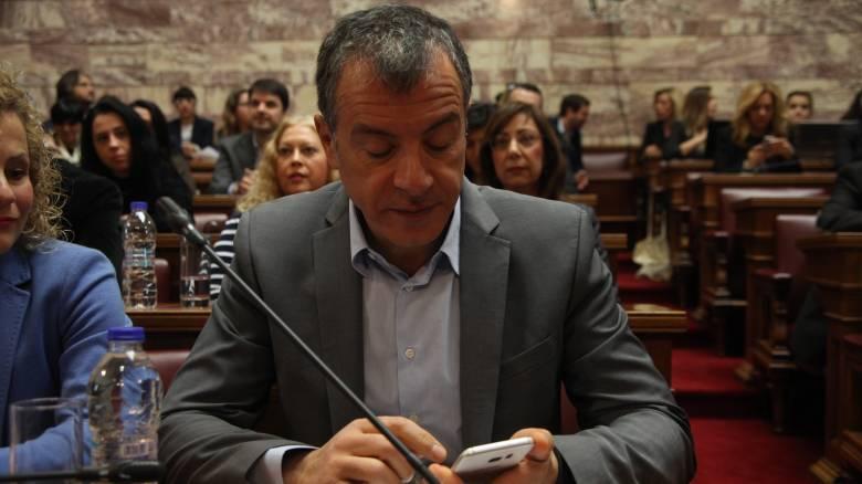 Σ.Θεοδωράκης: Ο ΣΥΡΙΖΑ έχει αυτοαποκλειστεί από τις μεταρρυθμιστικές λύσεις