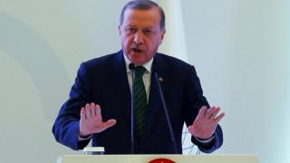 Ερντογάν: Θα πολεμήσουμε μόνοι μας το Ισλαμικό Κράτος στο Κιλίς