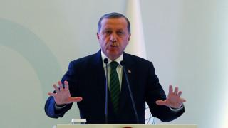 Γερμανία: Δικαστήριο απαγορεύει ποίημα που σατιρίζει τον Ερντογάν