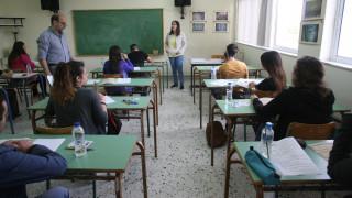 ΠΑΝΕΛΛΗΝΙΕΣ 2016: Κρίση πανικού έπαθαν δύο μαθητές