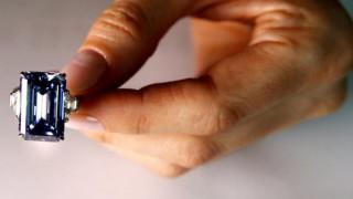 Νέο ρεκόρ σε δημοπρασία μπλε διαμαντιού