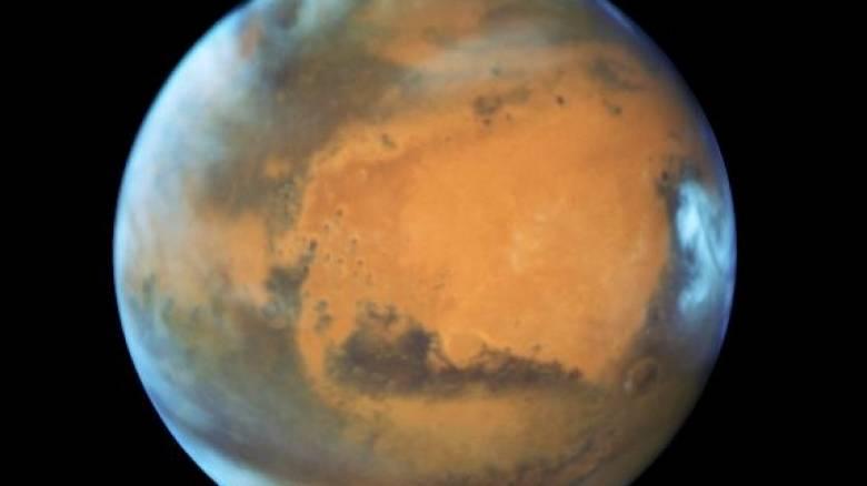 Πλησιάζει στη Γη ο πιο «κοντινός» και φωτεινός Άρης της τελευταίας 10ετίας