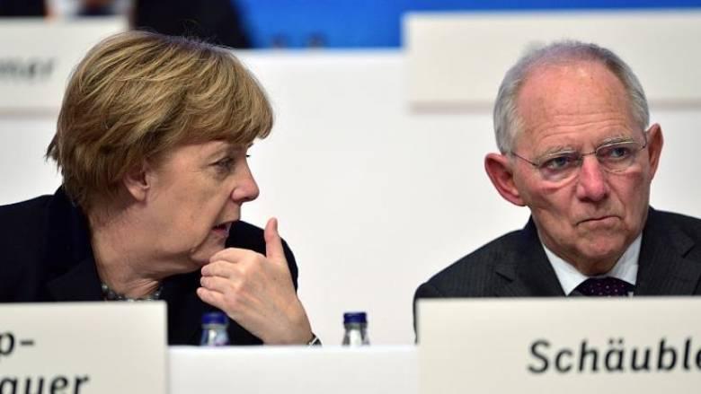 Εντολή της Μέρκελ στον Σόιμπλε να εγκρίνει τη δόση προς την Ελλάδα