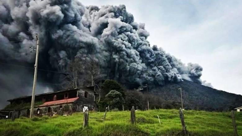 Έτοιμο για έκρηξη ηφαίστειο στην Κόστα Ρίκα (pics)