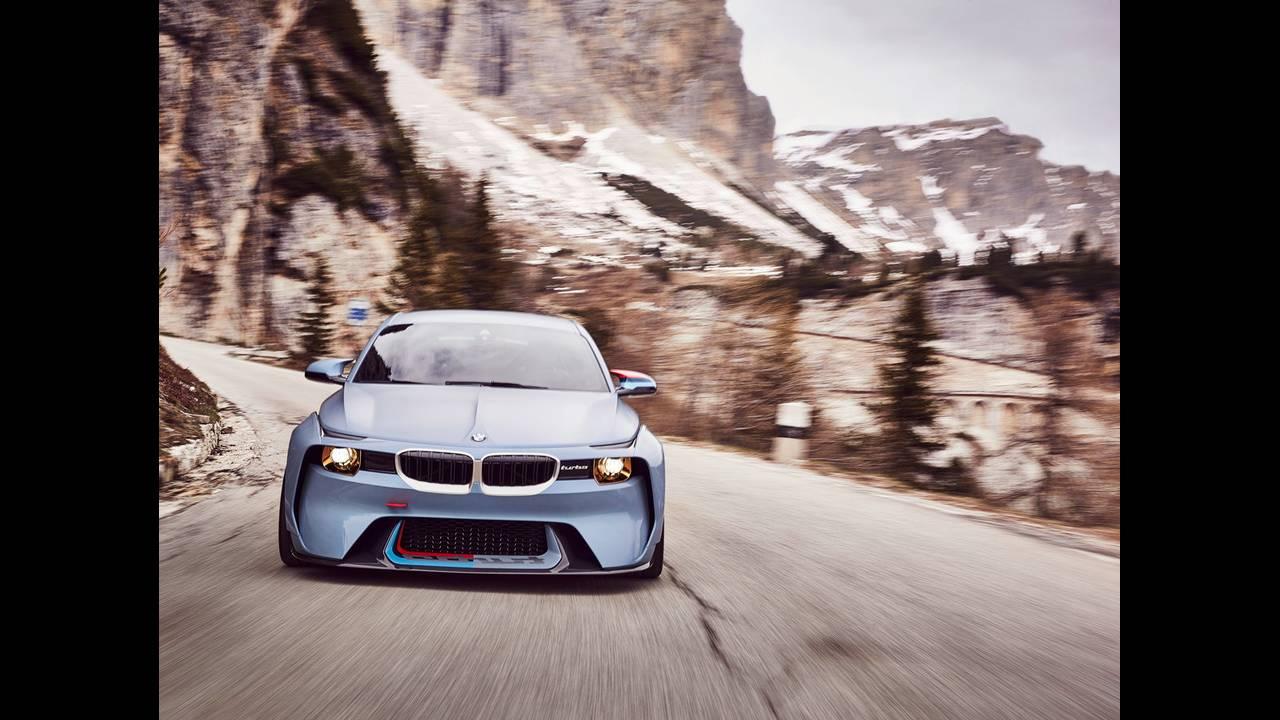 https://cdn.cnngreece.gr/media/news/2016/05/21/33001/photos/snapshot/BMW-2002-HOMMAGE-12.jpg