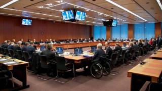 Μεγάλη αγωνία για το Eurogroup της Τρίτης από τους διεθνείς επενδυτές