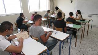 Πανελλήνιες 2016: Κρίση άγχους υπέστησαν δύο μαθητές στο Ηράκλειο Κρήτης
