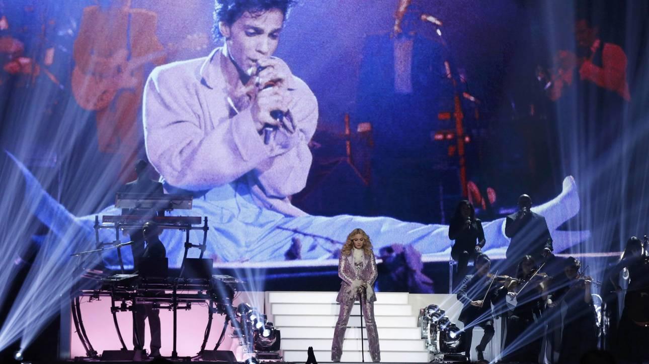 Billboard Awards 2016: Μadonna, Rihanna, Σελίν & Adele στη (γυναικεία) βραδιά των μουσικών βραβείων