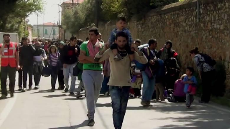 Συνεχίζουν την απεργία πείνας οι πρόσφυγες από τη Συρία και το Ιράκ στη Χίο