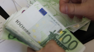 Υπέρ της ιδέας ενός «βασικού εισοδήματος» το 64% των Ευρωπαίων
