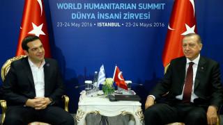 Προσφυγικό και παραβιάσεις στη συνάντηση Τσίπρα-Ερντογάν