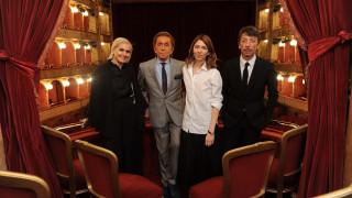 Λυρική σύμπραξη: Valentino και Σοφία Κόππολα ανεβάζουν την Τραβιάτα στη Ρώμη