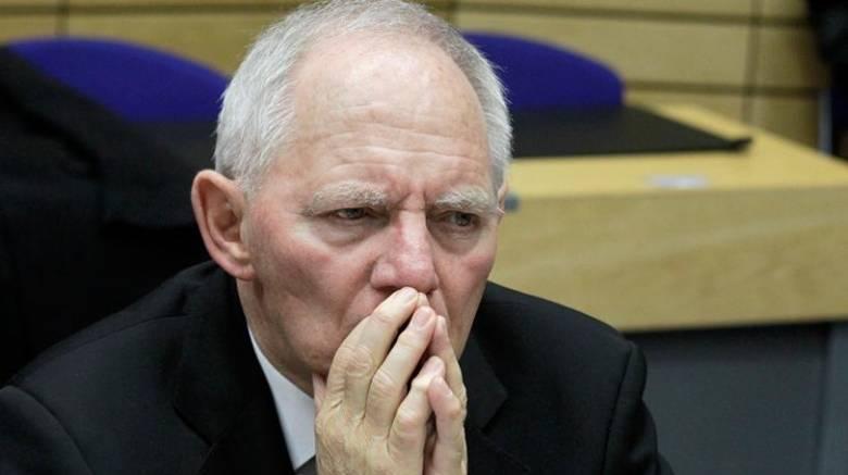 Σόιμπλε : Η ελάφρυνση του ελληνικού χρέους δεν επείγει