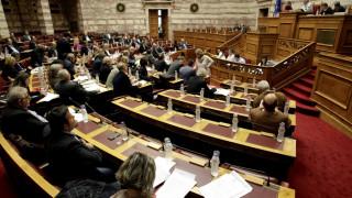 """Γραφείο Προϋπολογισμού: Αν δεν χτυπηθεί φοροδιαφυγή και παραοικονομία θα ενεργοποιηθεί ο """"κόφτης"""""""