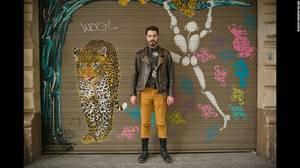 Nicolas, 27, απόφοιτος σχολής μόδας, εμμονικός με τη σοκολάτα