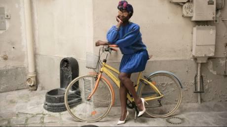 15 πορτρέτα αβίαστου chic αληθινών Παριζιάνων