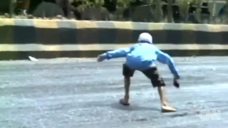 Ινδία: Το λιώσιμο των... δρόμων!