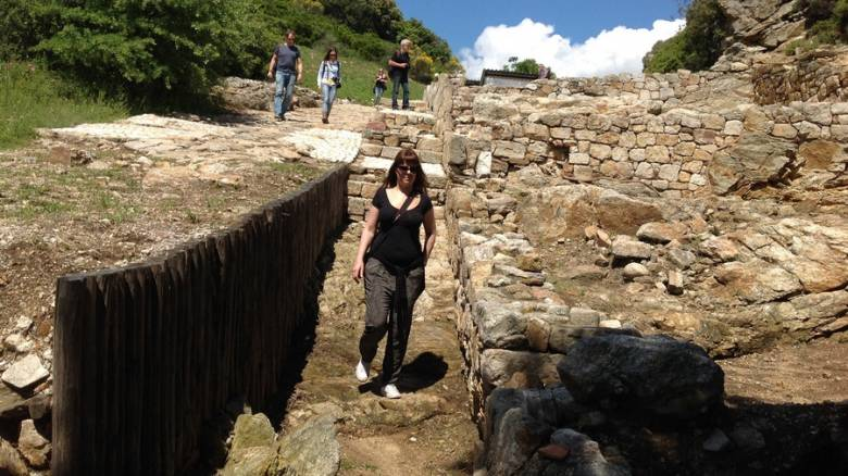 Το μυστήριο γύρω από τον τάφο του Αριστοτέλη