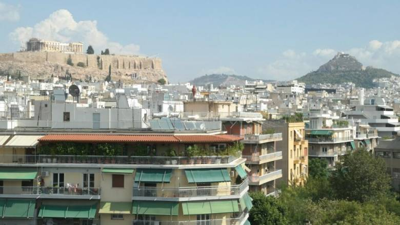 Με ποια κριτήρια διαλέγουν σπίτια για αγορά ή ενοικίαση οι Έλληνες