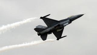 Μπαράζ νέων παραβιάσεων του εθνικού εναέριου χώρου από τουρκικά μαχητικά