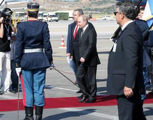 Βλαντιμίρ Πούτιν: H άφιξη στην Αθήνα και η συνάντηση με τον Προκόπη Παυλόπουλο