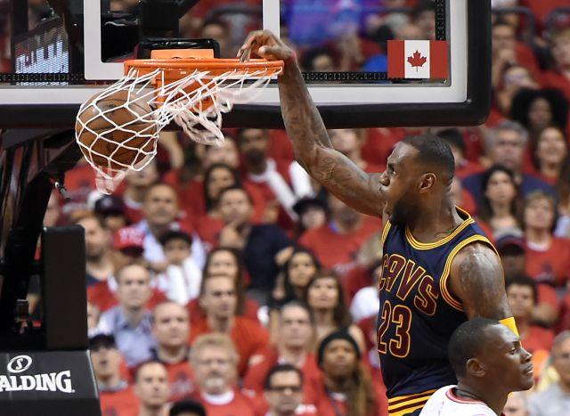 2016 05 28T020605Z 1766039776 NOCID RTRMADP 3 NBA PLAYOFFS CLEVELAND CAVALIERS AT TORONTO RAPTORS