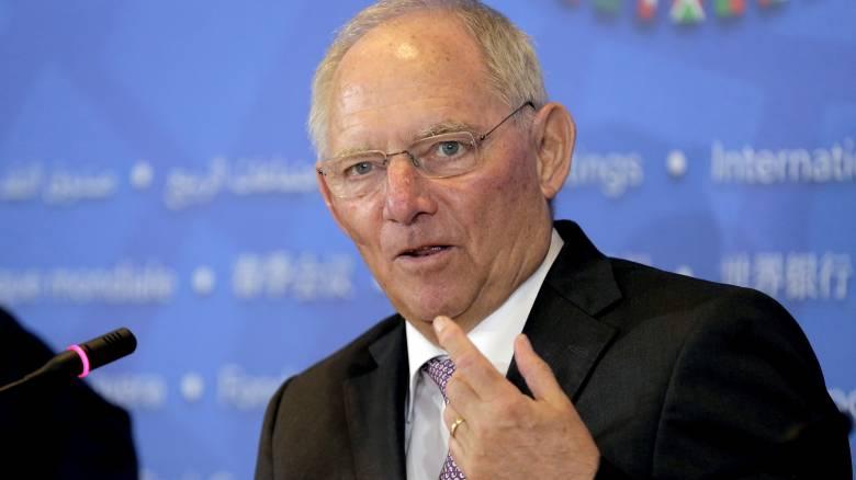 Σόιμπλε: Οικονομική ανοησία η αύξηση του ΦΠΑ, αλλά δεν υπήρχε εναλλακτική