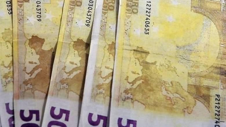Αδειάζει η τσέπη των πολιτών από αύριο λόγω ΦΠΑ και νέων φόρων