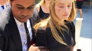 «Η Άμπερ Χερντ εκβιάζει τον Τζόνι Ντεπ». Οι φίλοι του σταρ ονομάζουν τον θύτη, θύμα