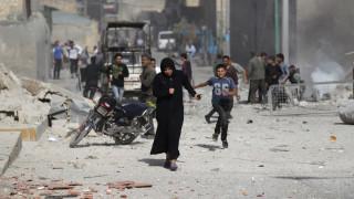 """""""Σφυροκοπούν"""" τον ISIS σε Ράκα και Χαλέπι"""