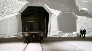 Εγκαίνια σήμερα για τη μεγαλύτερη σιδηροδρομική σήραγγα στον κόσμο