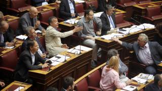 «Ποτάμι» οι καυγάδες στη Βουλή για τις offshore (vid)