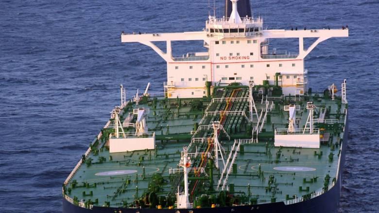 Λιγότερα και ακριβότερα τα δάνεια προς την ναυτιλία