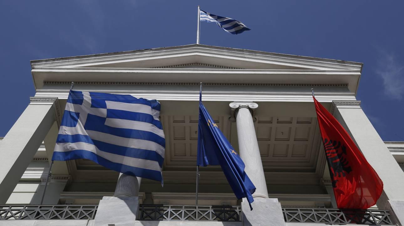 Ελλάδα - Αλβανία: Αφήνοντας το παρελθόν, κοιτάζοντας το μέλλον;