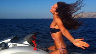 Alexandra Andresen: Η νεότερη δισεκατομμυριούχος του 2016 θέλει να είναι πάντα διακοπές στην Ελλάδα