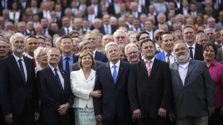 Δεν θα επιδιώξει δεύτερη θητεία ο Γερμανός πρόεδρος Γιοάχιμ Γκάουκ