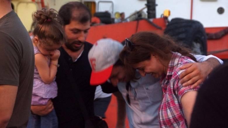 Αυξήθηκαν σε δέκα οι νεκροί από το ναυάγιο νότια της Κρήτης