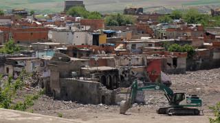 Tουρκία: Επιβολή στρατιωτικού νόμου στο Ντιγιάρμπακιρ