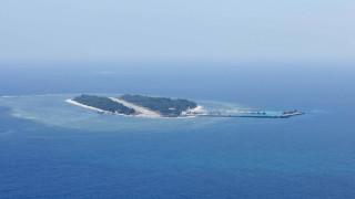 """Νότια Σινική Θάλασσα: Η Κίνα καταγγέλλει τις """"προκλήσεις"""" των ΗΠΑ"""