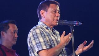 Ο πρόεδρος των Φιλιππίνων υπόσχεται μετάλλια σε όσους δολοφονούν εμπόρους ναρκωτικών