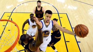 Εύκολη επικράτηση των Γουόριορς επί των Καβς 110-77 και 2-0 στους τελικούς του NBA
