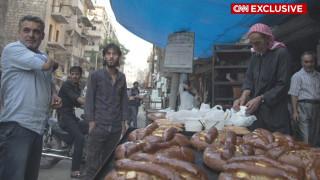 Το εμπόλεμο Χαλέπι γιορτάζει το Ραμαζάνι